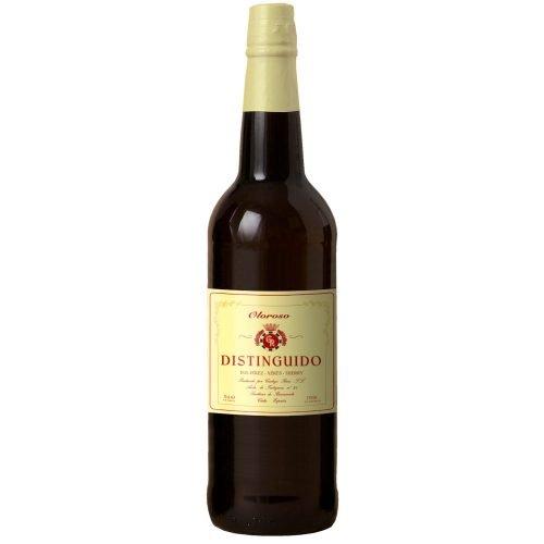 Botella de vino generoso del marco de Jerez. Oloroso Distinguido, de bodegas Carbajo Ruiz, de Sanlucar