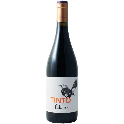 Botella de vino tinto Edalo, de la zona de Huelva. Elaborado por bodega Contreras Ruiz.